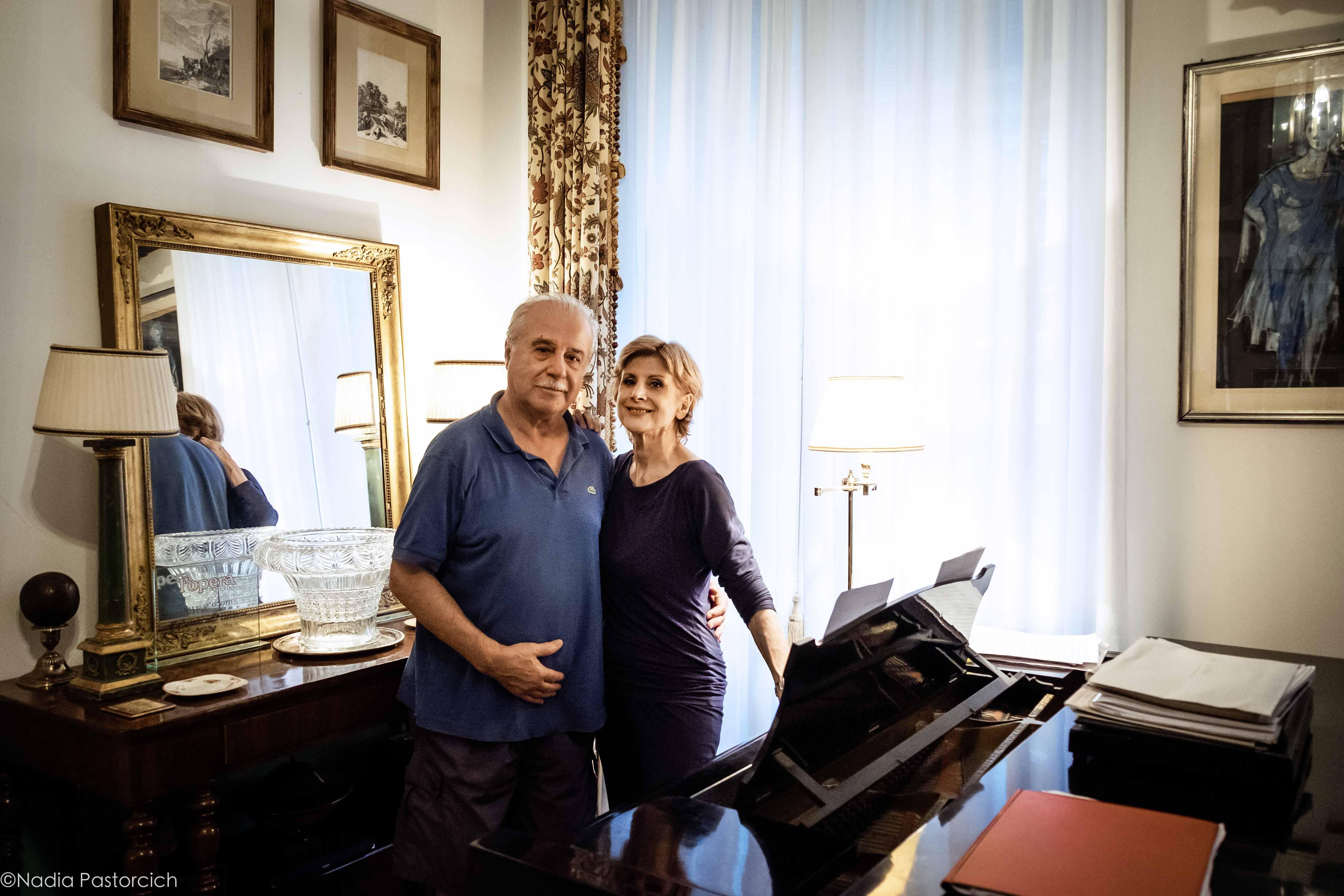 Daniela Mazzucato e Max René Cosotti: una coppia sulla scena e nella vita